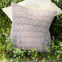 Erendis Pillow